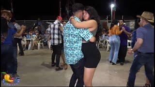 Madre mia !!--La chava de negro como baila , Ajuchitlan del Progreso