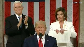 Трамп отказался пожать руку Пелоси, после чего она разорвала копию его речи