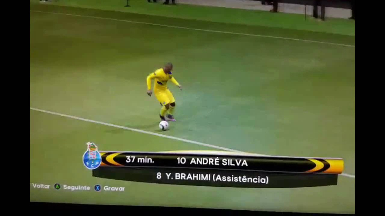 André Silva Calcanhar Goal