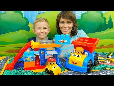 Машинки для детей Гараж и Грузовичок Самосвал - Детское видео про машинки Мега Блокс и Даника