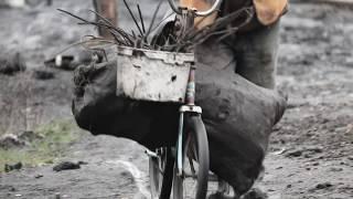 Czarne Złoto (film dokumentalny, wersja 2min)