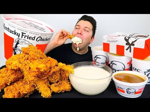 KFC Kentucky Fried Chicken With Alfredo Cheese Sauce • MUKBANG