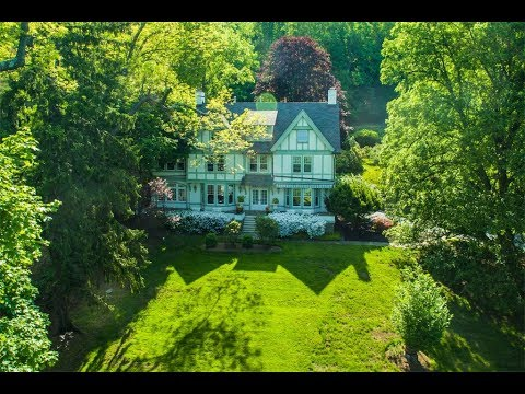 Romantic Circa 1911 Colonial Revival Style Home in Upper Grandview, New York