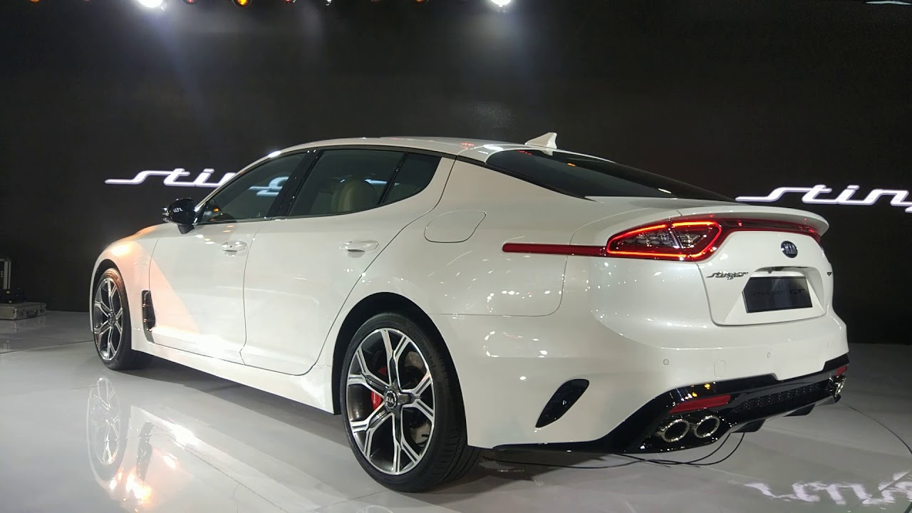 kia stinger gt in indian auto expo 2018 youtube. Black Bedroom Furniture Sets. Home Design Ideas