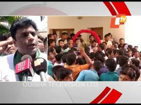Newly elected BJD office bearers meet CM Naveen Patnaik