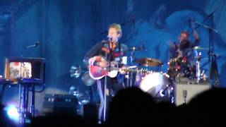 life in technicolor and violet hill coldplay live in toronto at the rogers centre 07 30 09