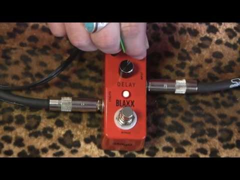 Stagg Music BLAXX BX-Delay micro delay pedal demo