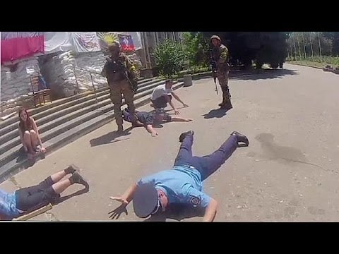 Footage from Slovyansk shortly after Ukrainian forces re-take city - no comment