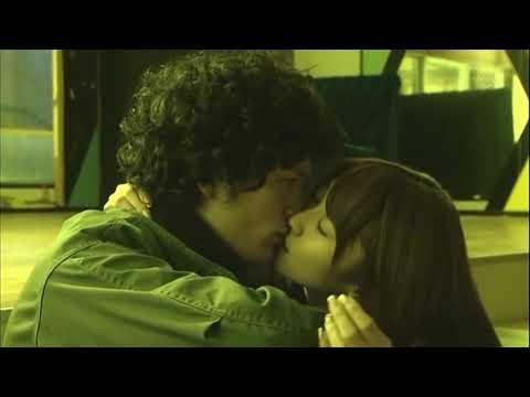 Mikie Hara Kissing