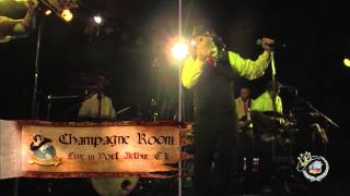 """Champagne  Room performs """"Uptown Funk"""" Live"""