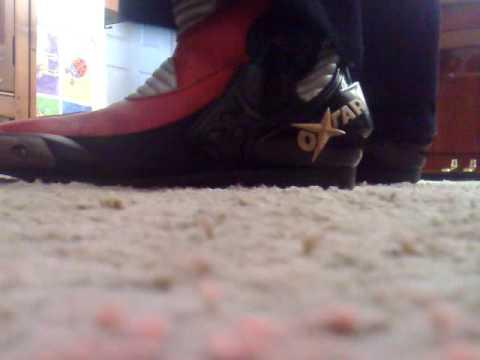 2012 11 23 squeaking my oxtar boots and blk velour 2