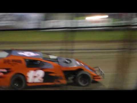 Modified Heat 2 @ Marshalltown Speedway 05/05/17