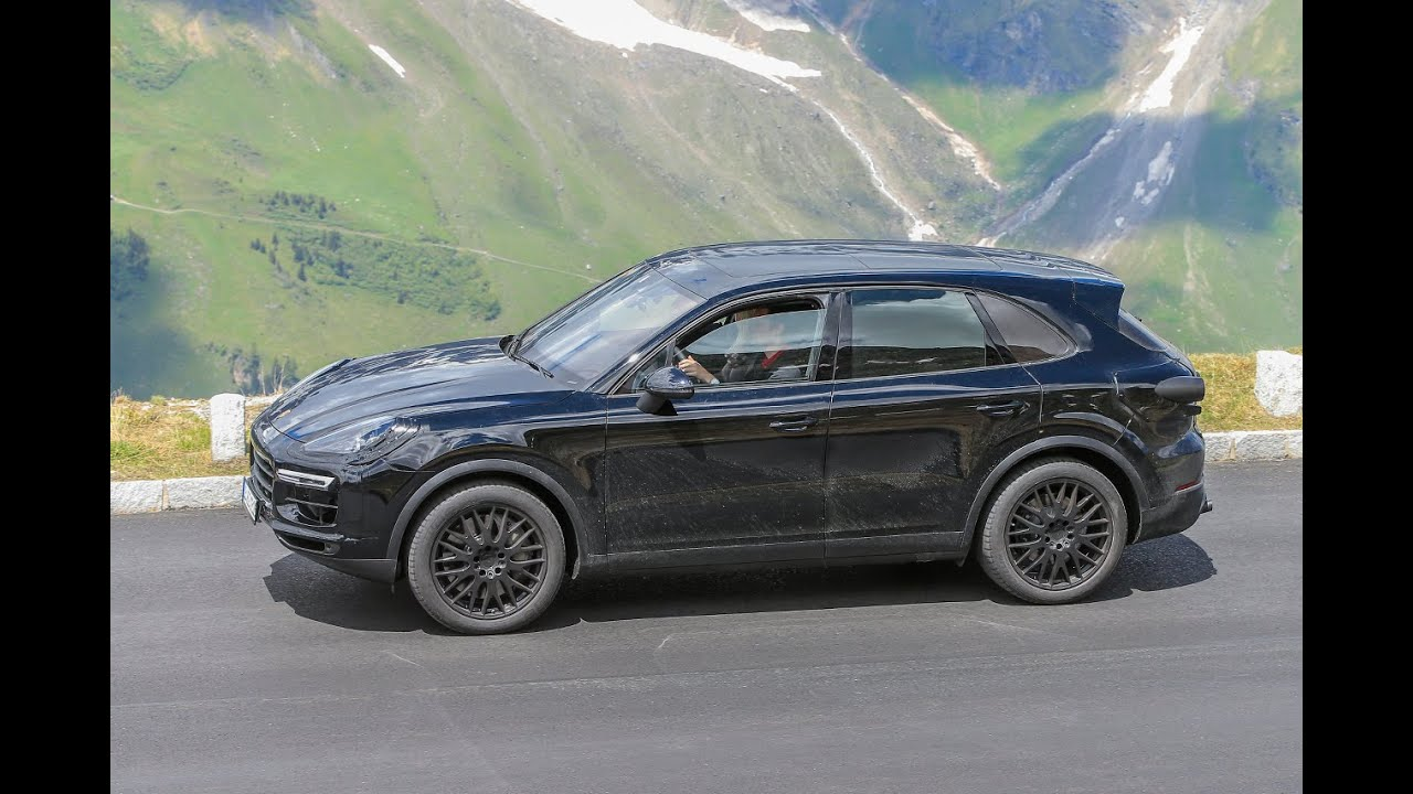 new porsche cayenne 2017 spied testing on public roads youtube. Black Bedroom Furniture Sets. Home Design Ideas