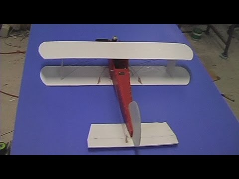 Build video: The $10 RC nitro plane made from coreflute (part 2 of 3)