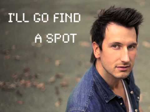 GREEN LIGHT Official Lyric Video - Russell Dickerson