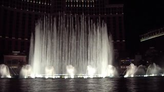 Bellagio Hotel Water Fountain Dancing to Celine Dion and Helen Gallagher Music, Las Vegas, USA