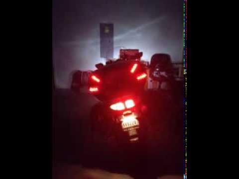 Givi V47 Tour Trunk With Admore Lighting Kit Youtube