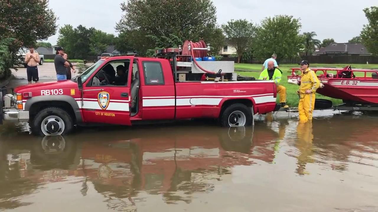 Hurricane Harvey Flooding In League City South Houston Doovi