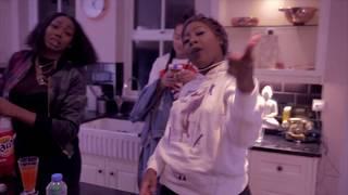 Смотреть клип Connie Diiamond X Ms Banks - Designer