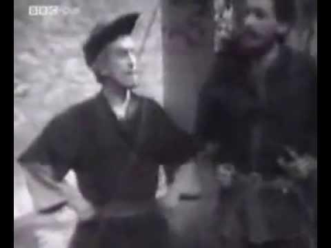 Patrick Troughton as Robin Hood 1953 - clip