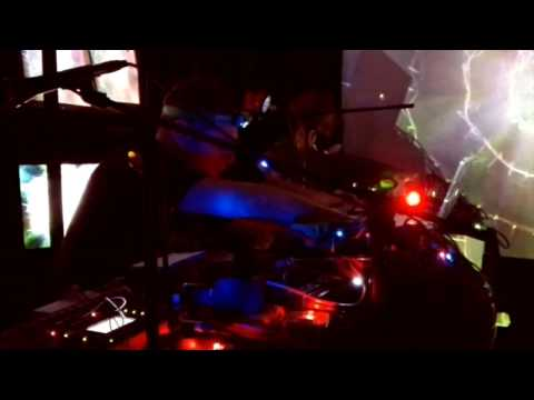 Uhushuhu & Kryptogen Rundfunk - Live in Helsinki (Akusmata Gallery)