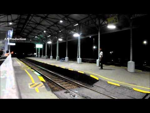 Gajayana Melesat Kencang di Stasiun Klaten