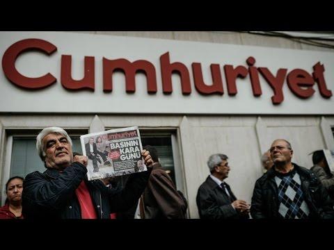 Turkey: Editor of opposition paper Cumhuriyet detained