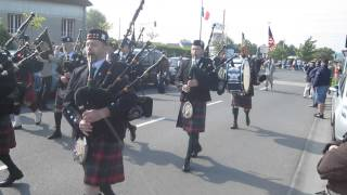 """Pipe band"" inauguration statue ""D-DAY Piper Bill Millin"" le 8 juin 2013"