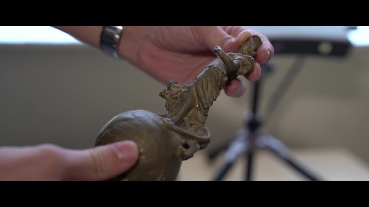 3D scanning and printing delivers precise restoration for the King's car