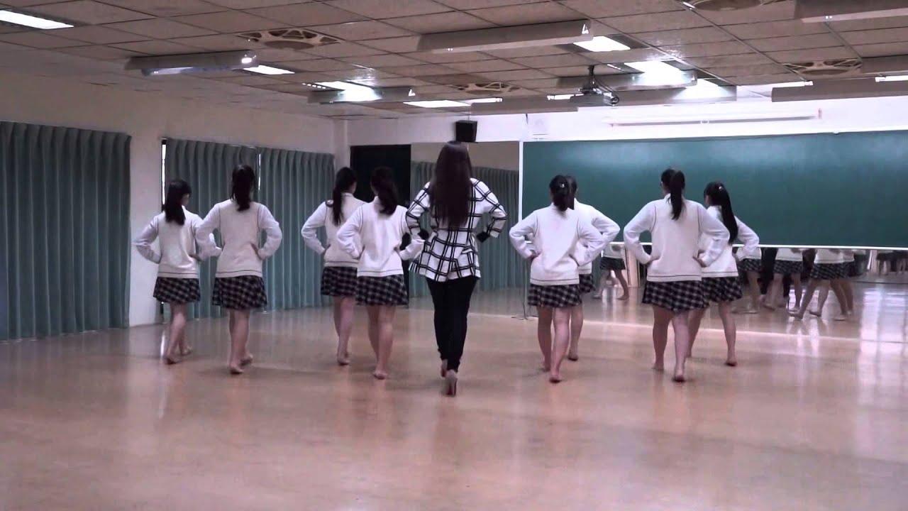 台步與站姿 / 術科適性鑑別示範 / 青年高中時尚造型科