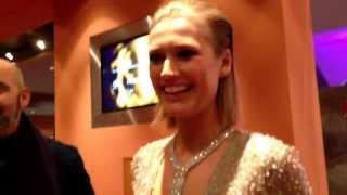 Toni Garrn im Interview auf der Berlinale 2014