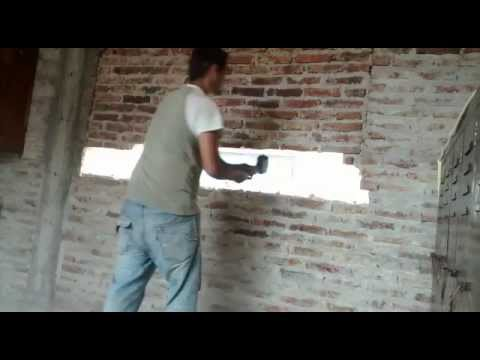 Como demoler una pared para poner una ventana en 1 minuto - Como revocar una pared de ladrillo hueco ...