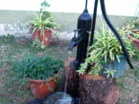 Fuente casera en mi jardin youtube for Antorchas para jardin caseras