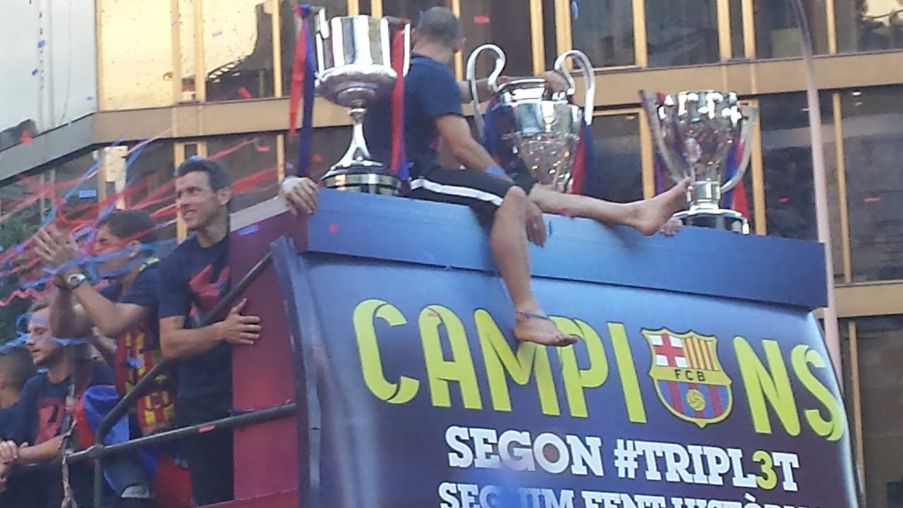 FC Barcelona Rua Triplet 2015 (Messi Xavi Neymar Iniesta Suarez Rakitic Luis Enrique)