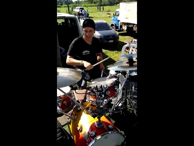 La Banda de Diego Gutiérrez Probando sonido en Paraguay..    músicos Correntinos en San Juan B