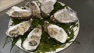 La Bretagne sur les tables des fêtes : la recette des huîtres aux graines de chia