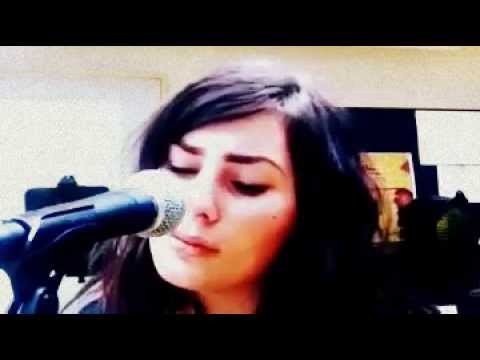 Ronja Rumley - Let Your Fingers Do The Walking (Sort Sol - Cover)