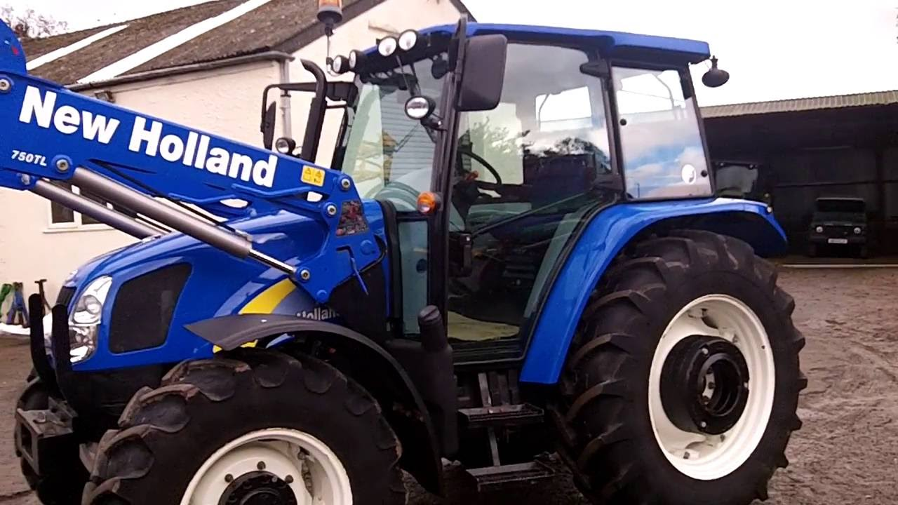 New Holland T5070 Deluxe c/w New Holland 750TL loader