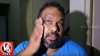 Kathi Mahesh Attacked With Eggs By A Group Of U...