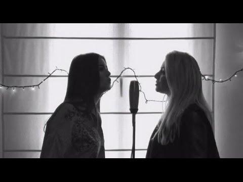 Sebastián Yatra - Traicionera ( acoustic cover ) - María José Pérez y Tamara Pérez