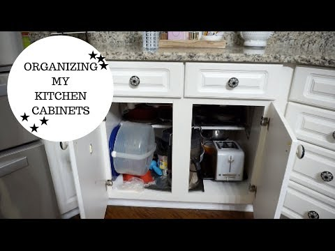 CLEANING ROUTINE   ORGANIZE KITCHEN CABINETS & POTS AND PANS   CLEAN WITH ME MOTIVATION 2017