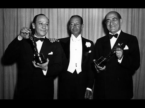 Cole Porter presents Music Oscars® in 1950
