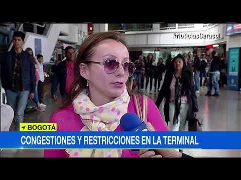 Hasta 'motosos' toman viajeros que buscan un tiquete en terminal de transportes de Bogotá