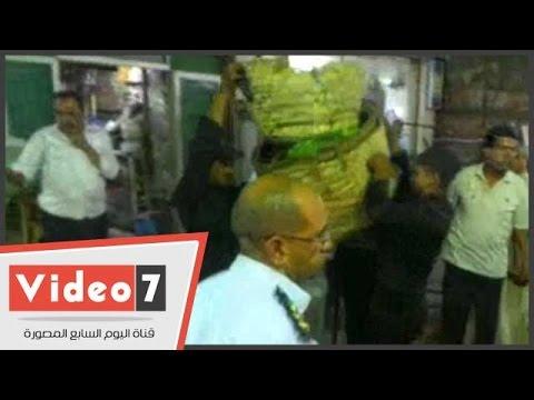 اليوم السابع : بالفيديو.. حملة لإزالة الباعة الجائلين بحلوان