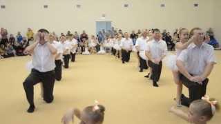 Танец с папами 'Маленькая дочка'