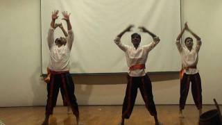 Malayalam folk Dance Based on a song from urumi  --RGCB ONAM 2011