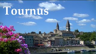 Tournus magnifique ville de Bourgogne, son abbaye et sa crypte.