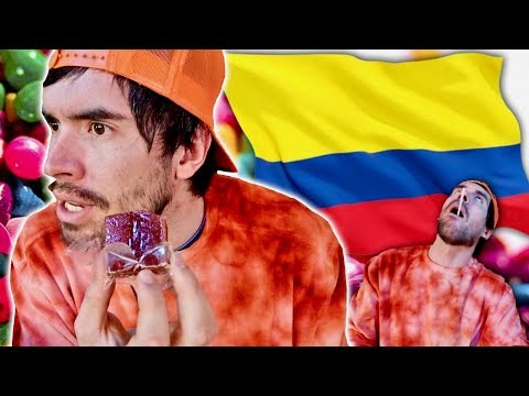PROBANDO DULCES COLOMBIANOS !!