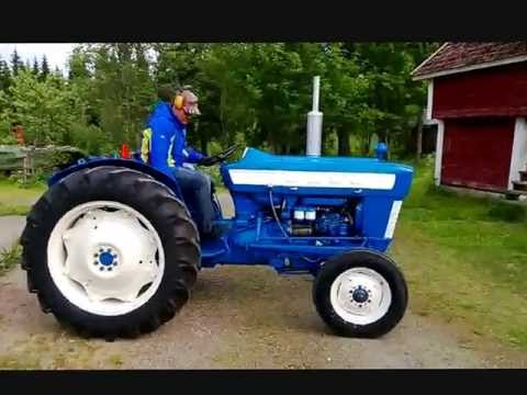 super dexta tractor with Watch on 1957 59 Fordson Dexta further Tractor Ford Son N likewise Watch furthermore Fordson major sale besides 5177629709.