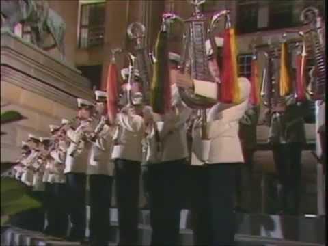 Radetzky-Marsch - Musikkorps der NVA und der Grenztruppen der DDR (22 08 1987)